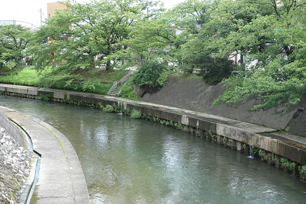 itatigawa-07076l